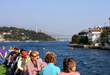 Istanbul Lunch Cruise on the Bosphorus