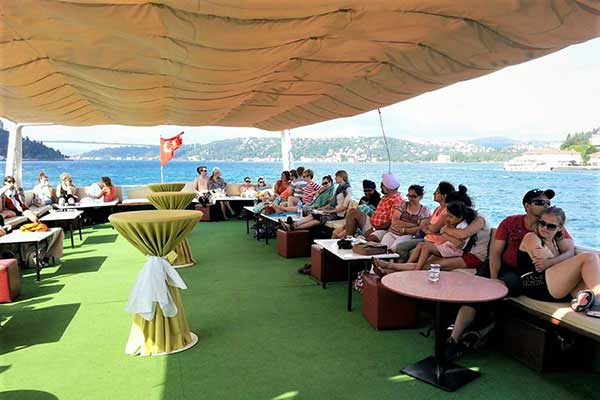 Istanbul City Boat Tour on the Bosphorus