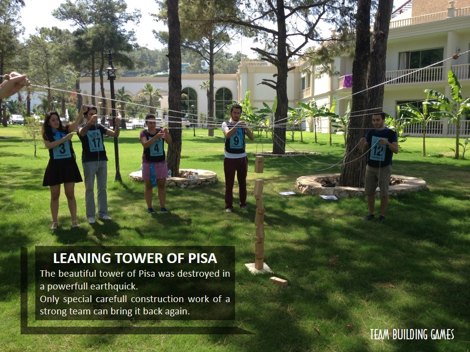TEAM-BUILDING-GAMES-LEANING-TOWER-OF-PISA