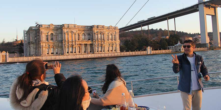 Istanbul Sunset Cruise on the Bosphorus, Bosphorus Sunset Cruise, Istanbul  Sunset Cruise, Bosphorus Sunset Cruise Istanbul, Sunset Cruise at the  Bosphorus